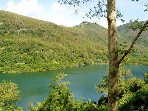 Alpi Apuane in moto Lago di Vagli