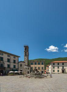Fivizzano Piazza Medicea