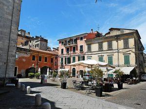 Sarzana Piazza Calandrini